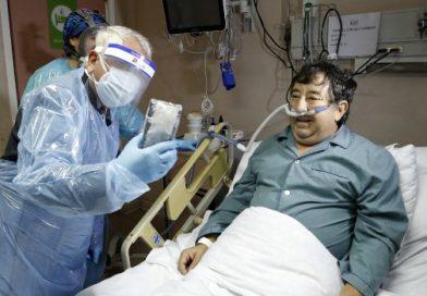Ministerio de Salud entrega donación de teléfonos al hospital